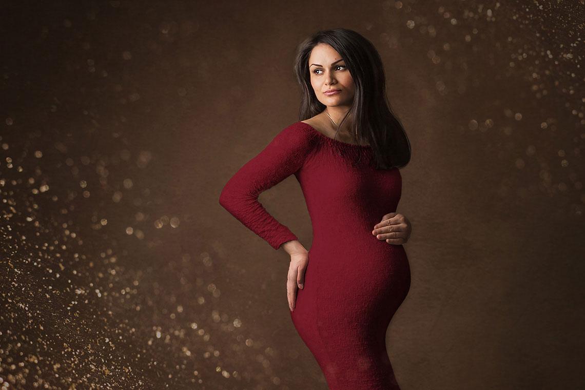 sedinta foto maternitate rochie rosie