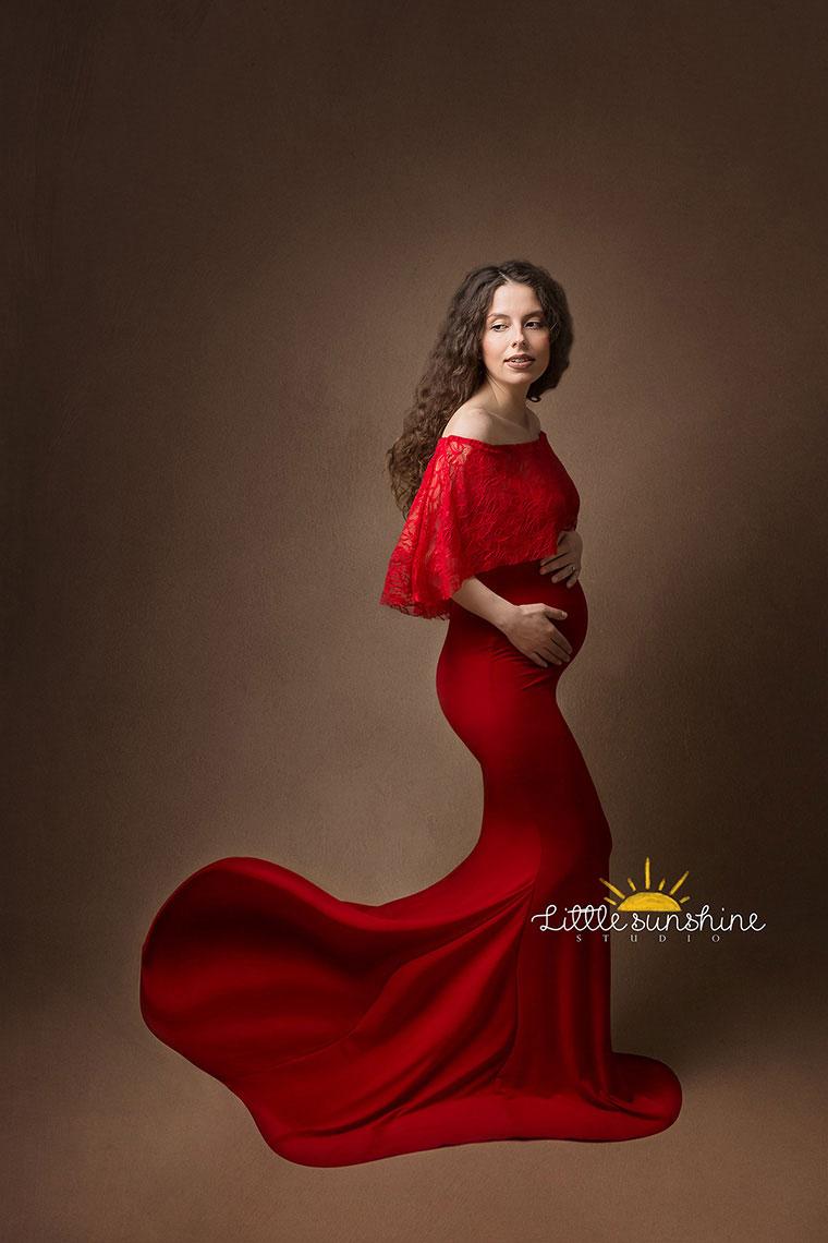 sedinta foto alina rochie rosie